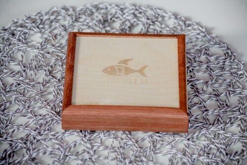 drewniane pudełko na pendrive